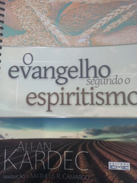 Capa de O evangelho segundo o espiritismo - Allan Kardec