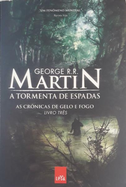 Capa de A tormenta de espadas - George R. R. Martin