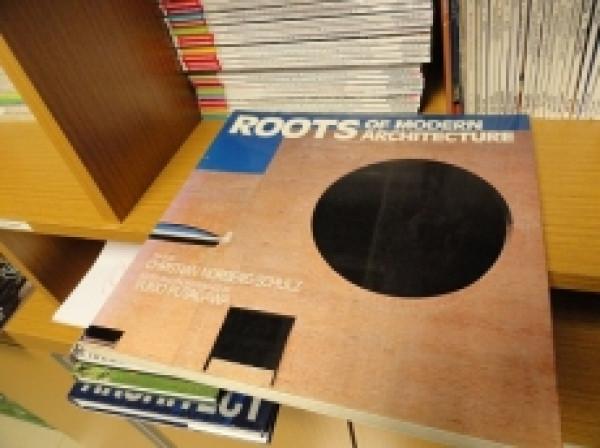 Capa de Roots of Architecture -
