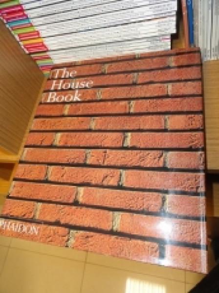 Capa de The House Book -