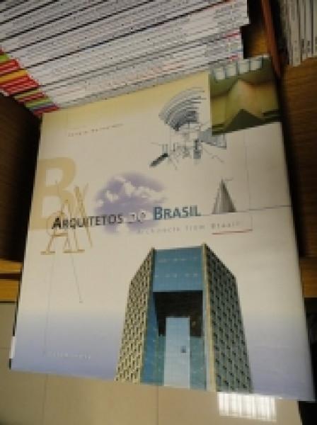 Capa de Arquitetos do Brasil -