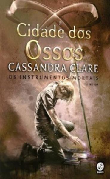 Capa de Cidade dos ossos - Cassandra Clare