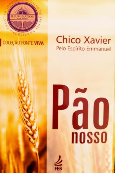 Capa de Pão nosso - Francisco Cândido Xavier; Espírito Emmanuel