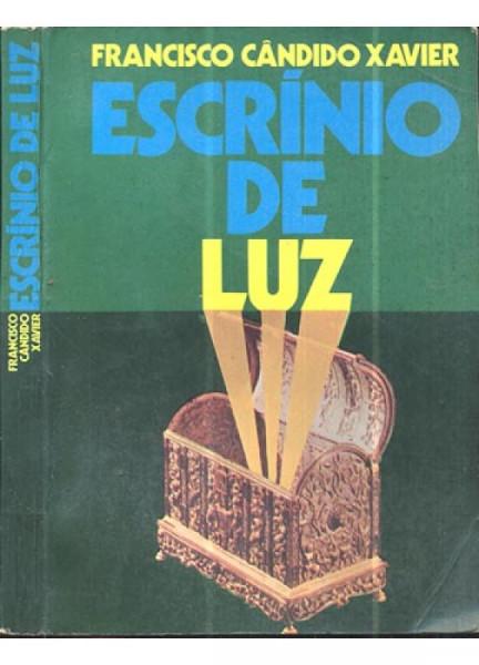 Capa de Escrínio de luz - Francisco Cândido Xavier